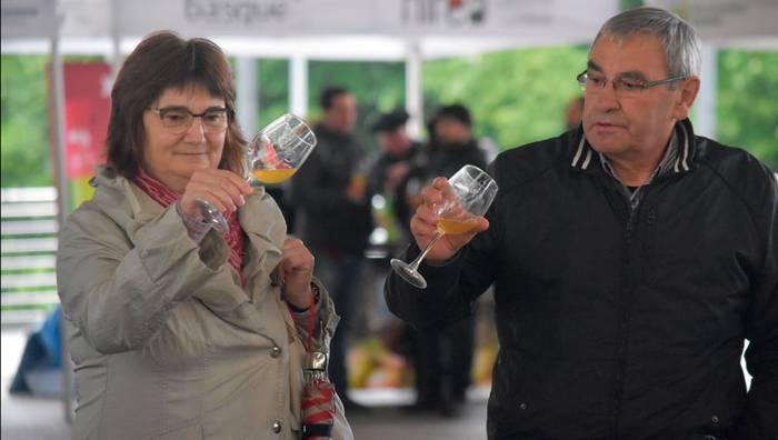 Sagardo dastaketa gidatua doan Iparragirren, «uzta berria azaltzeko»