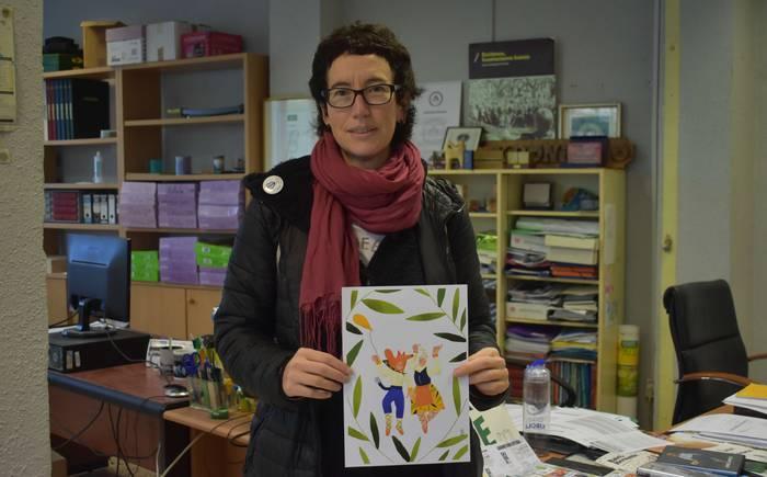 «Sorginaren kapela maskarilla gisa jartzea izan zen aurreneko ideia»