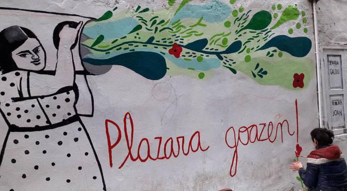 Harri-jasotzaile ibilitako Damasa Agirregabiria, Karkabako muralean