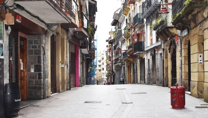 Inkesta merkatari, ostalari eta turismo eragileei, «egoera erreala ezagutzeko»