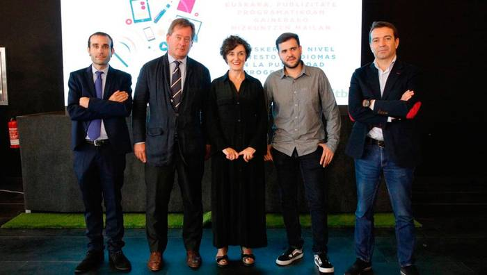 Euskal PMP, publizitate  programatikoa euskeraz egiteko